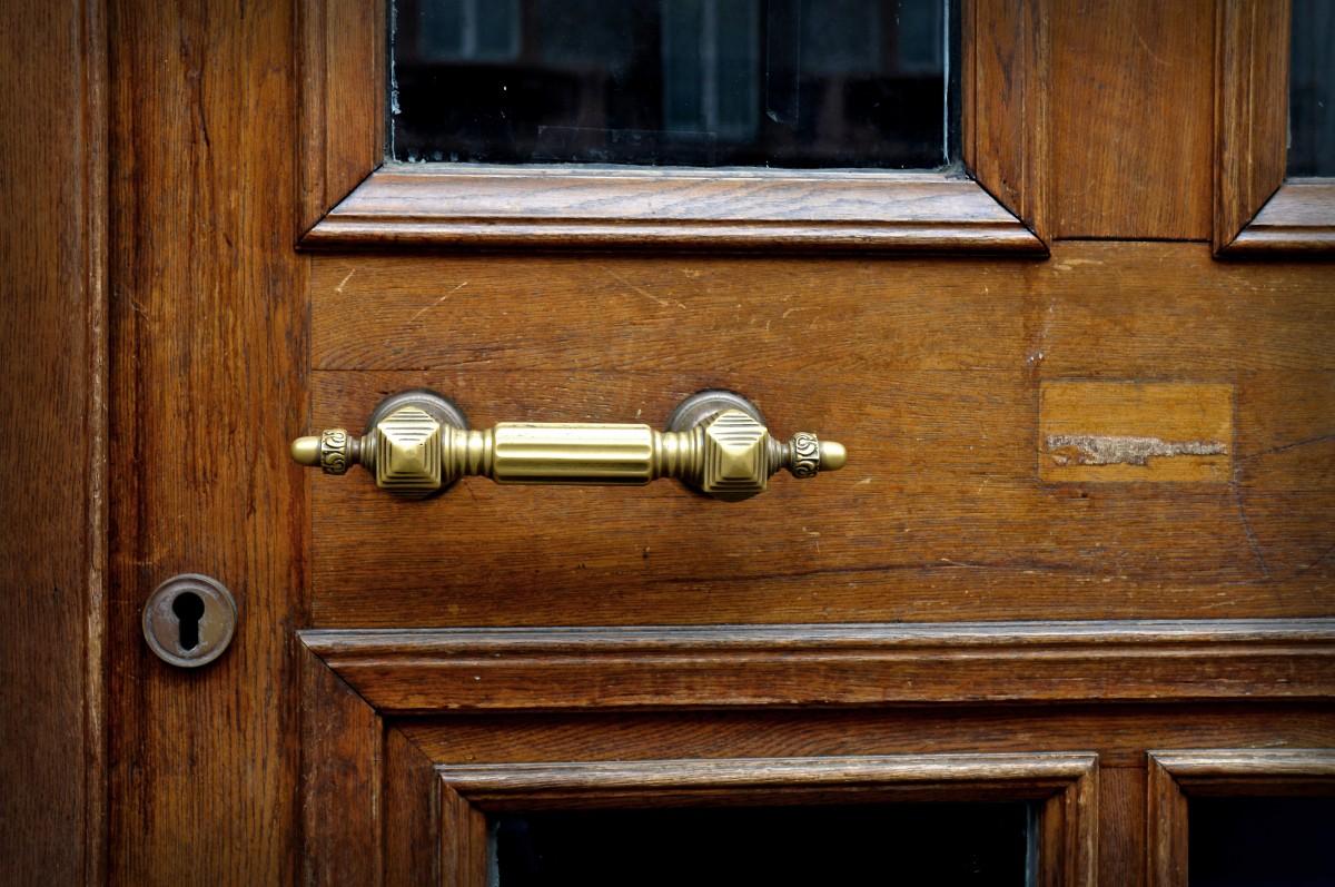 Cerrajeros en Madrid: Cuidan las puertas y cerraduras